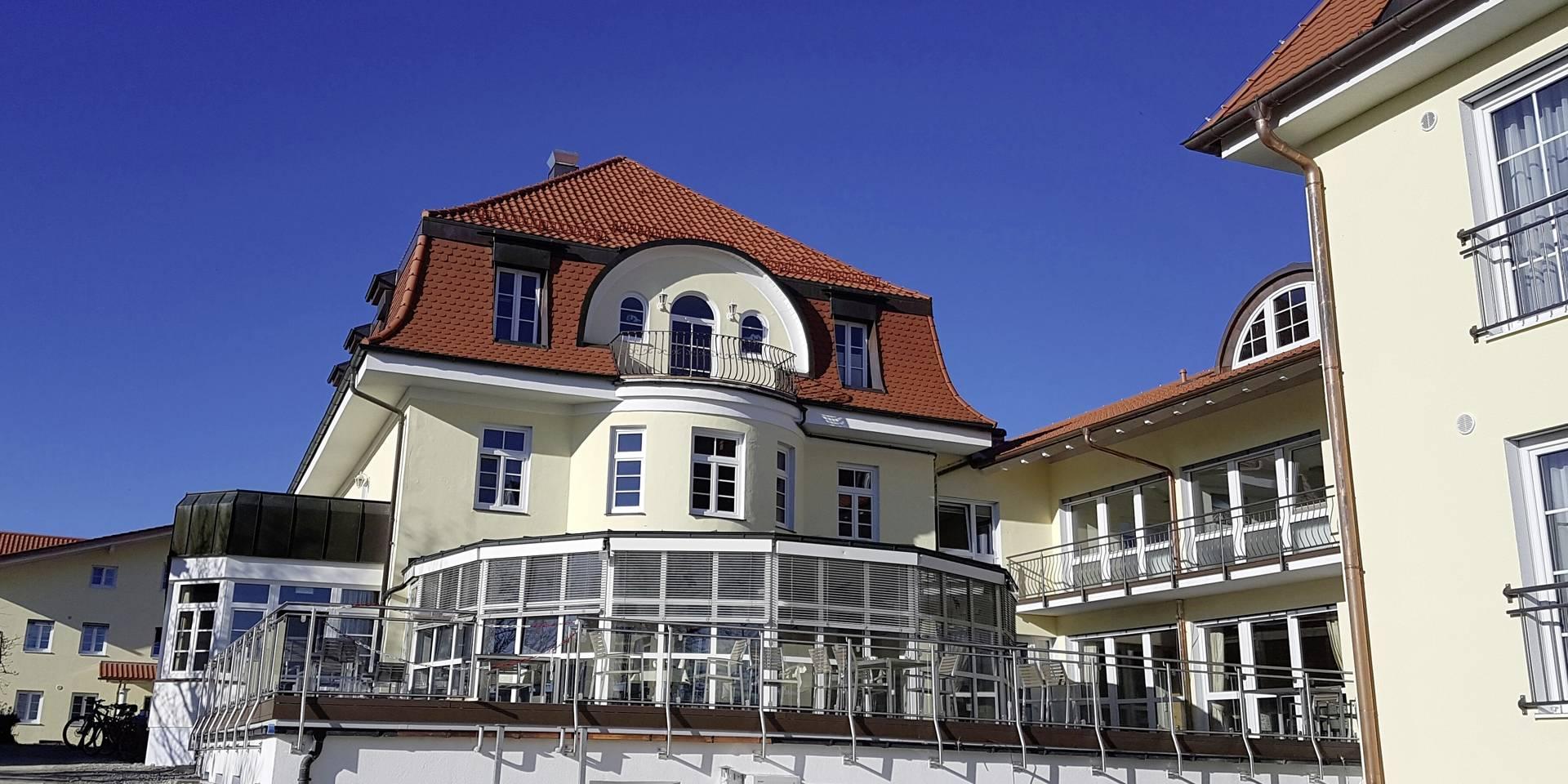 Klinik ChiemseeWinkel-Fachklinik für Psychosomatik und Psychotherapie
